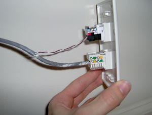 Cat5 Wall Plate Wiring Diagram - Picture Of Crimp Phone Jack and Reassemble 3k